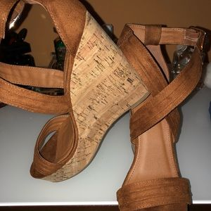 Camel colored wedge
